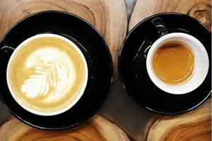 Senność po kawie – czy to normalne?