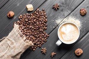 Kawa na prezent pod choinkę – czy to dobry pomysł na bożonarodzeniowy prezent?