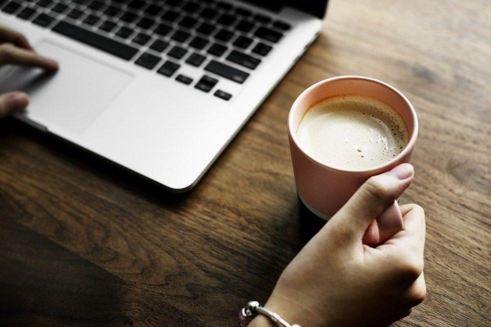 Jak wybrać odpowiednią kawę do biura?