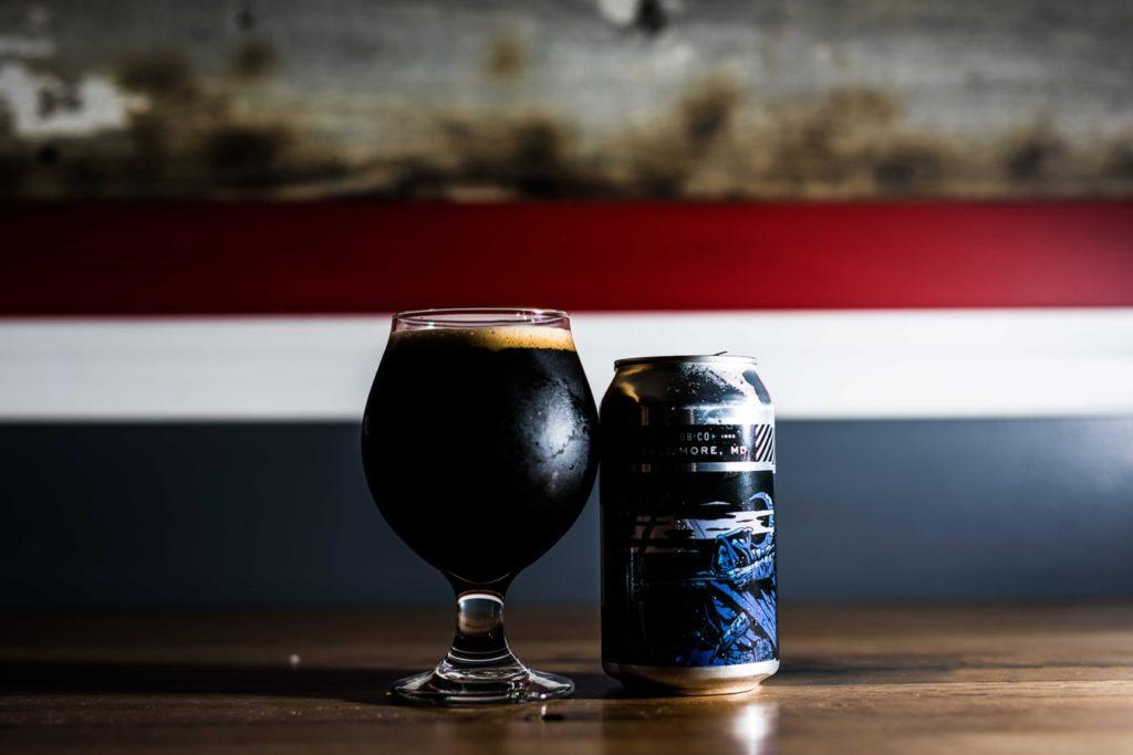 Ciemne piwo z dodatkiem kawy