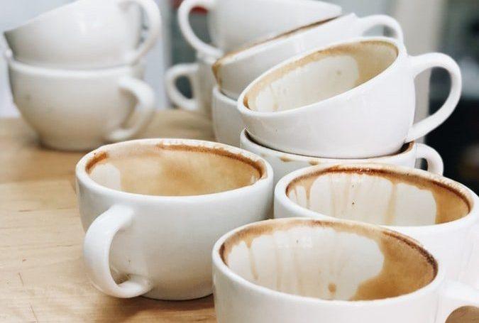 Jak dbać o czystość domowego sprzętu do parzenia kawy?